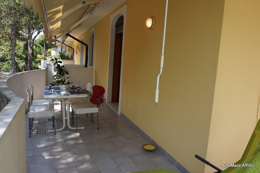 L105 Appartamento Su Due Livelli Con Grandi Terrazze In
