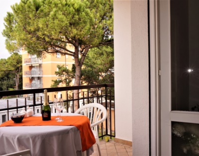 Balcone abitabile-lignano Pineta
