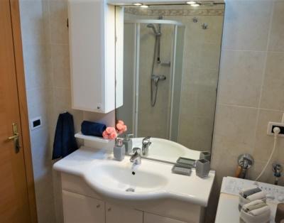 Bathroom-villa sorriso